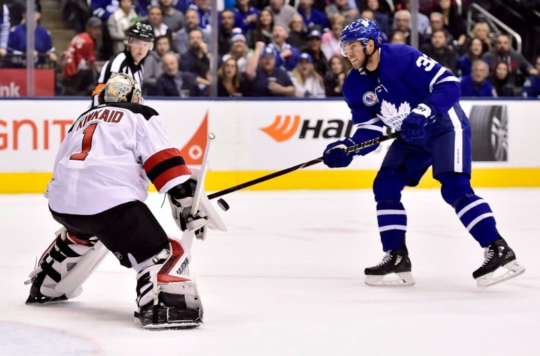 After frustrating Leafs tenure, Josh Leivo just happy to be settled in with Canucks