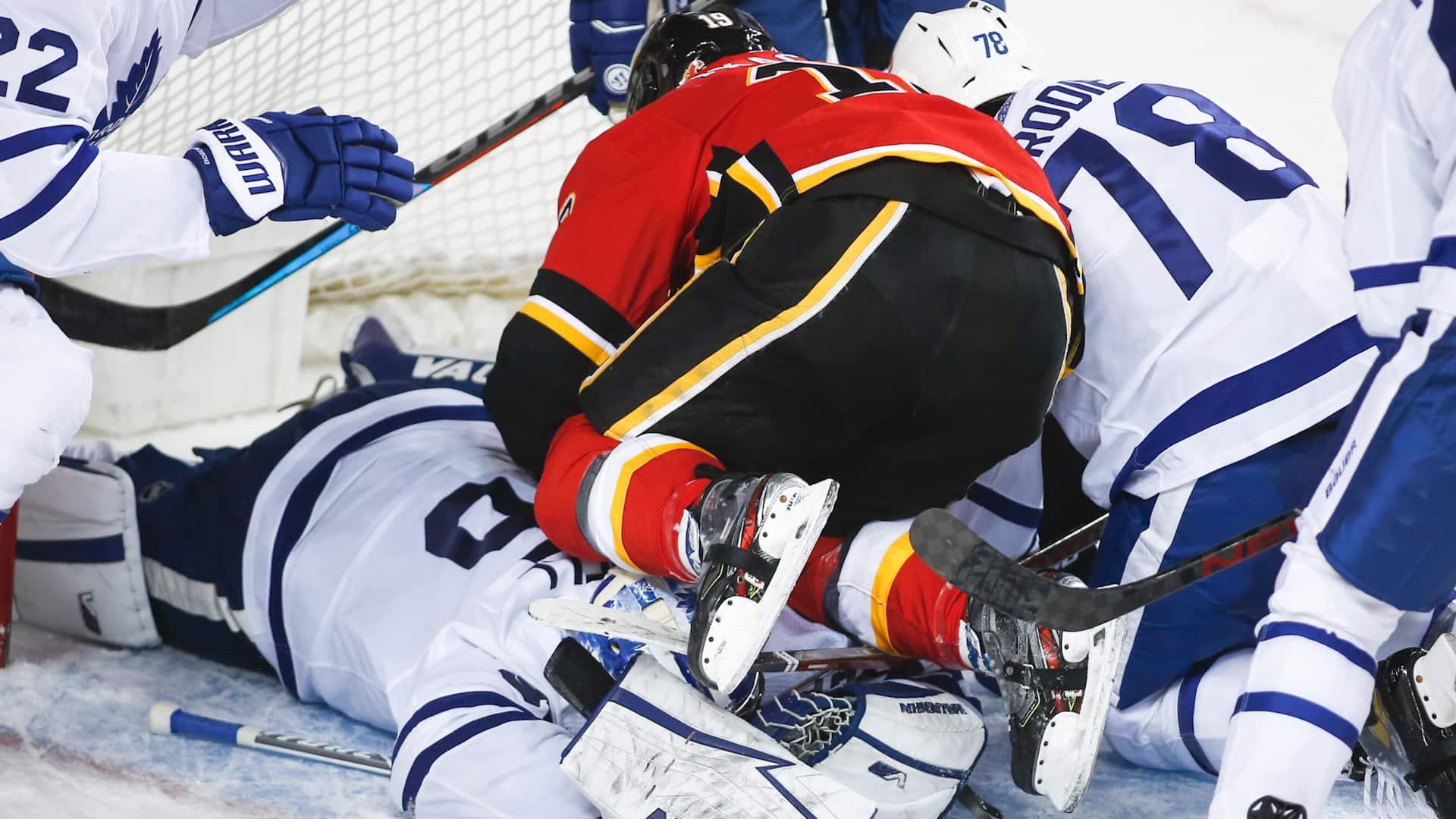 Hockey Winnipeg wont drop the puck on remaining season