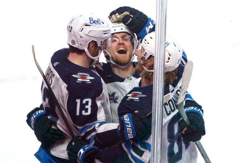 Leafs Michael Bunting nets power-play hat trick in shutout win over Senators